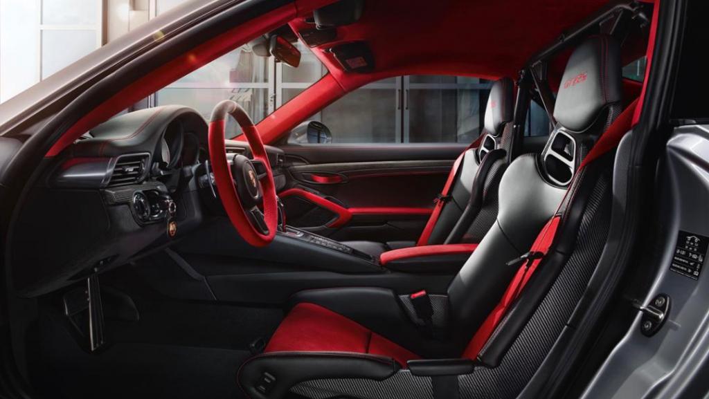 Das Interieur des 911 GT2 RS