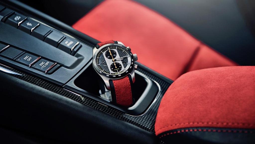 911 GT2 RS Uhr